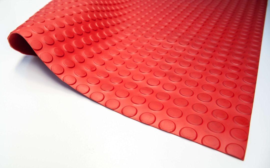 Wykładzina gumowa czerwony molet SCP 3 mm TPE szerokość 1,2 m
